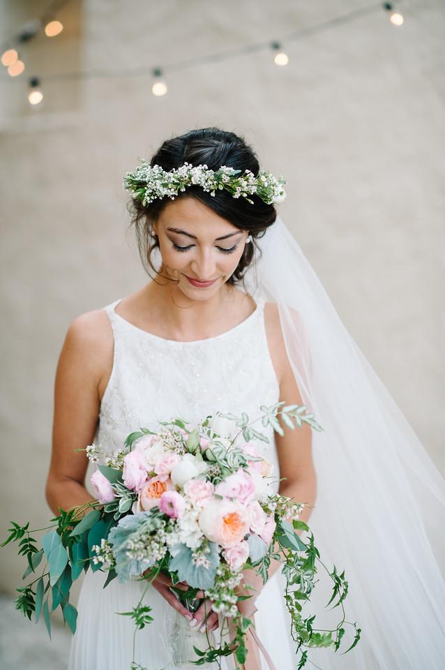 bride bouquet boho head wreath garden style wedding flowers veil peach blush