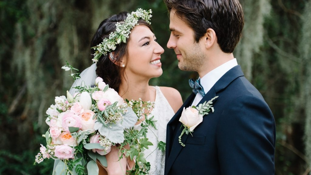 Wedding Bouquet, Flower Crown and Boutonniere